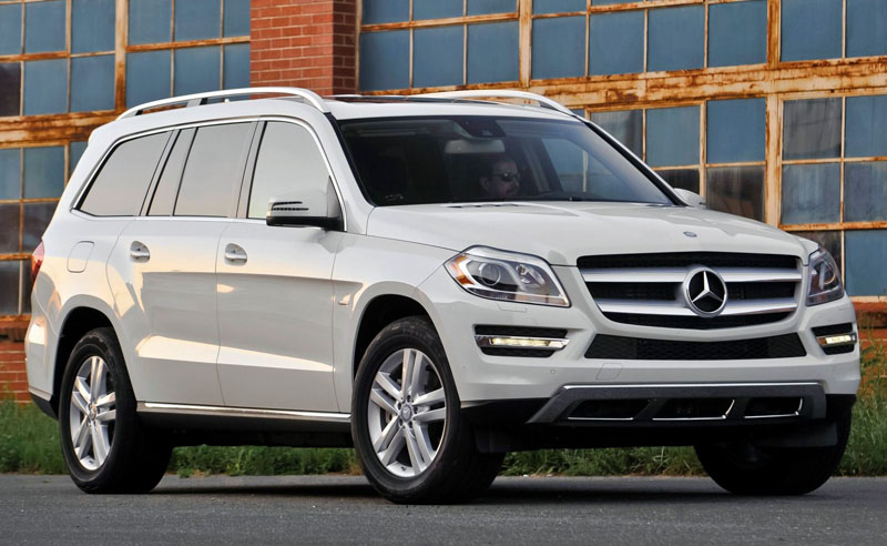 Mercedes-Benz-GL-2016-1